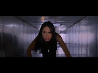 Шпионки / Академия шпионок / Девичий спецназ / D.E.B.S. (2004)
