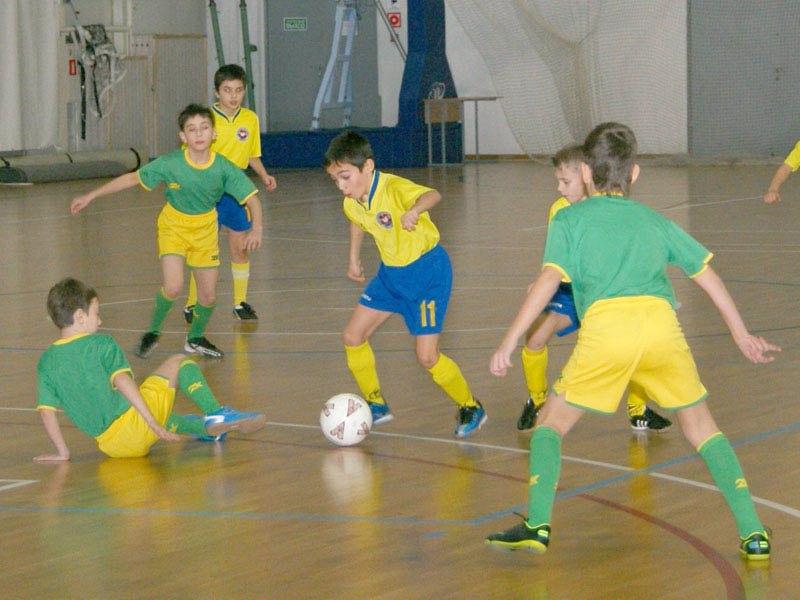 12 ноября начинается розыгрыш первенства Донецкой области по футзалу среди детских команд 2004\05 и 2006\07 годов рождения.