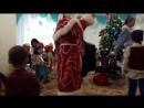 айару танцует с дедушкой