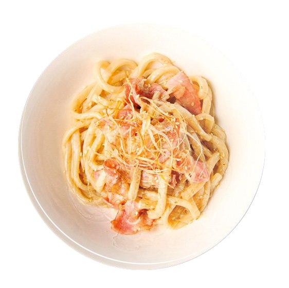 Заказать С беконом в сырно-сливочном соусе с доставкой на дом в Серпухове, Суши-бар ТАЙХЕО