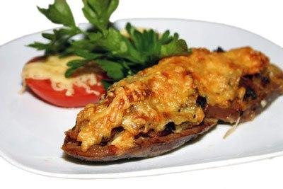 Заказать Запеченный язык с грибами и сыром с доставкой на дом в Серпухове, Суши-бар ТАЙХЕО