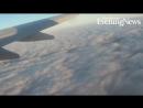 НЛО в небе над Манчестером?..Видео кадры, снятые Дэвид Вудворд и его девятилетней дочерью, , захватили маленький черный объект п