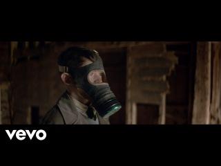 Ludovico Einaudi - Life (Official Music Video)