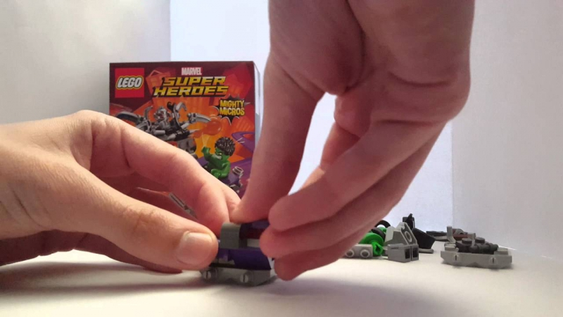 Lego Super Heroes Mighty Micros Hulk Vs Ultron Building