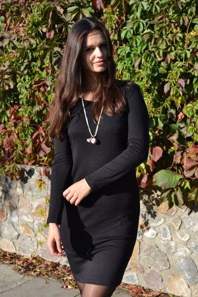Базовое черное платье Не смотря на то, что на али