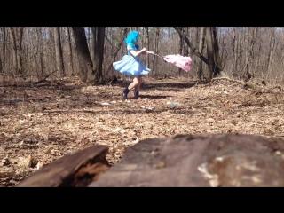 Танцы с кошкой супер юла
