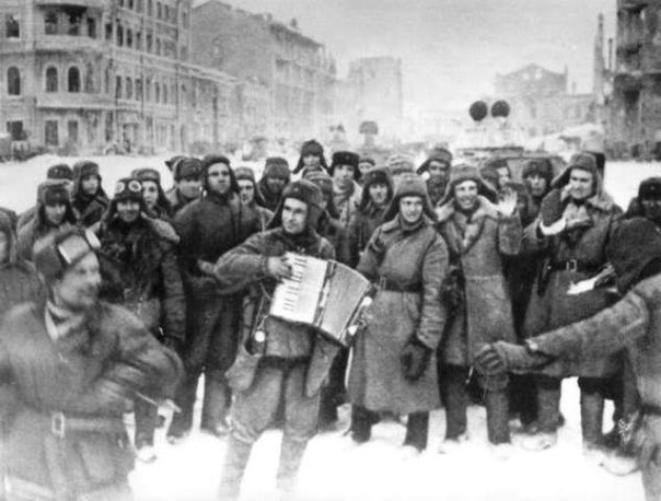 Ровно 74 года назад, 2 февраля 1943,