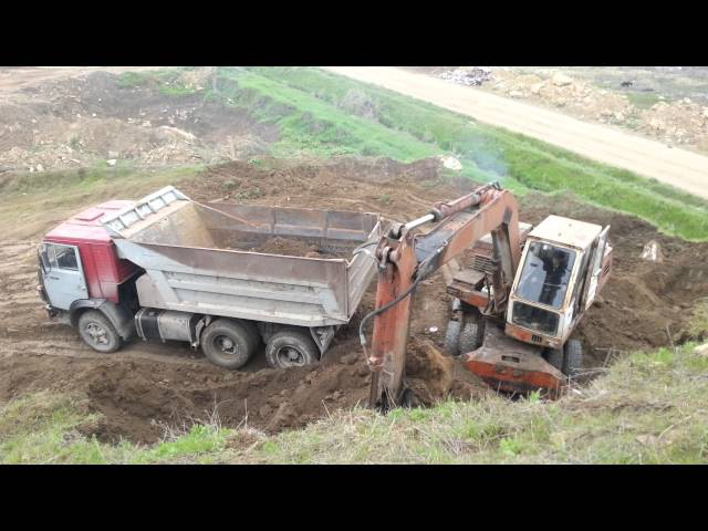 Massive Volvo EC750EL Excavator moving out of Conexpo 2018