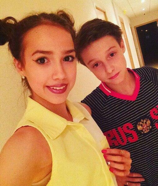 Алина Загитова   Fd3-kgIq4lY