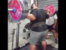Джезза Уепа - присед 370 кг