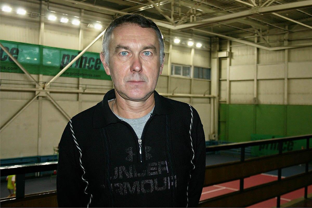 Старший тренер детского теннисного центра Юрий Куропатов