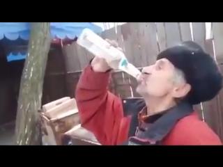 Выпил, запил, закусил и баиньки