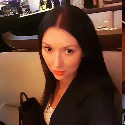 Елена Еленина