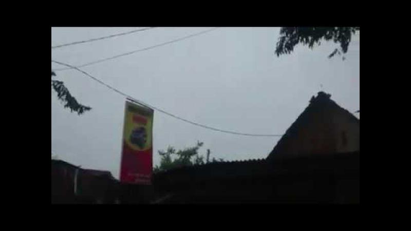 Angin puting beliung porak porandakan puluhan rumah di sidoarjo