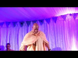 Sri Prahlad Prabhu Singing and Indradumnya Swami Dancing Sound Kirtan Retreat 2017 New Govardhana,
