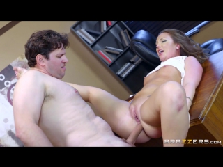 Maddy Oreilly (Brazzers / BigButtsLikeItBig / Work Is Long When You're Wearing A Thong / 23.08.16)[2016,Anal Sex,HD 720p]