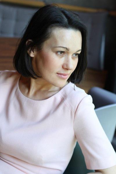 Яна Теляшова