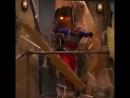 В будни в 1610 МСК смотри часовые серии шоу Опасный Генри. Двойная порция супергероев для тебя!