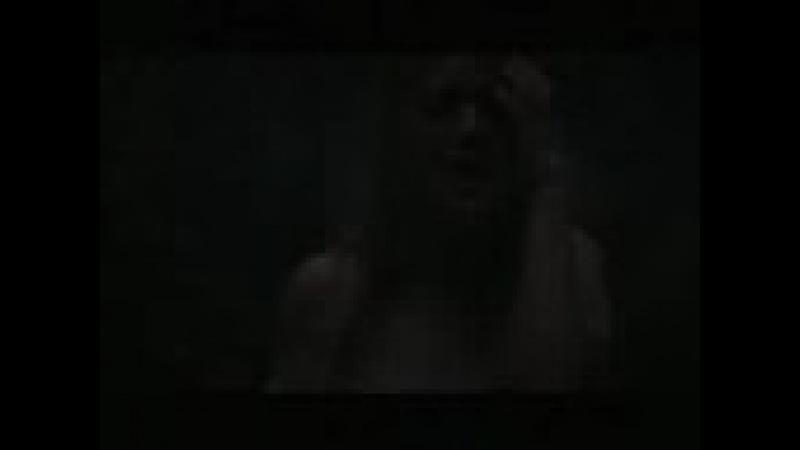 Kelly Clarkson - Addicted (Music Video)