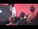 170222 EXO Reaction to TWICE - TT @ Gaon Chart Awards