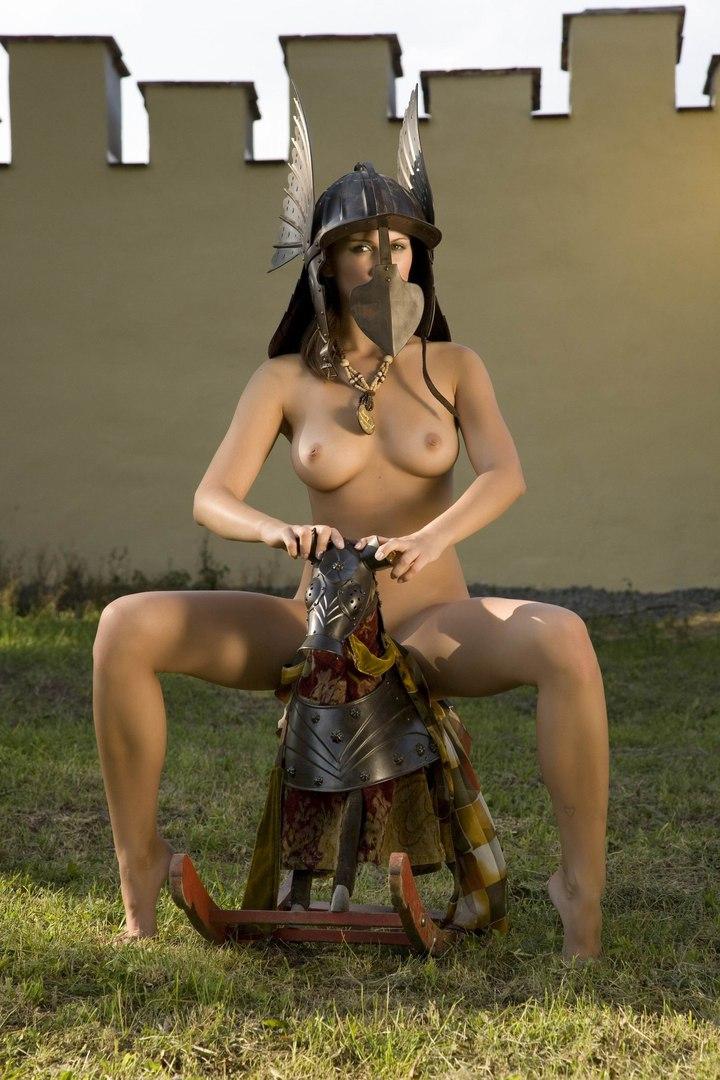 Порно фото голых воительниц 83882 фотография