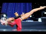 Arnold Fitness 2008 - Oksana Grishina Posing