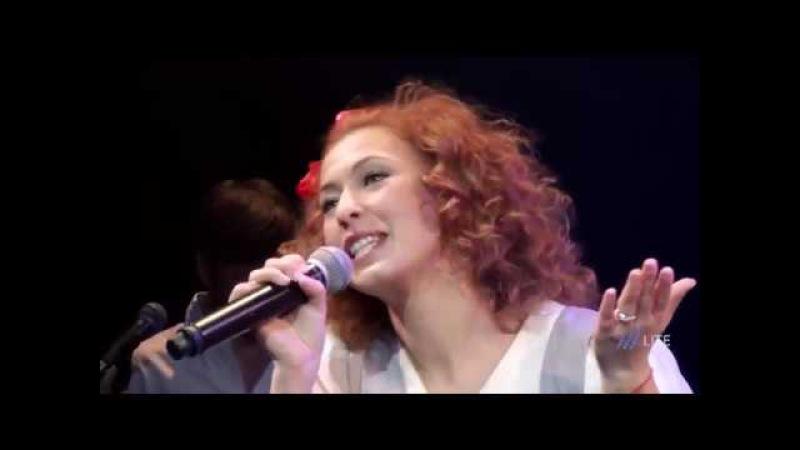 Концерт Леонида Парфенова и Арт группы «Мейделех» «Главные песни о старом»
