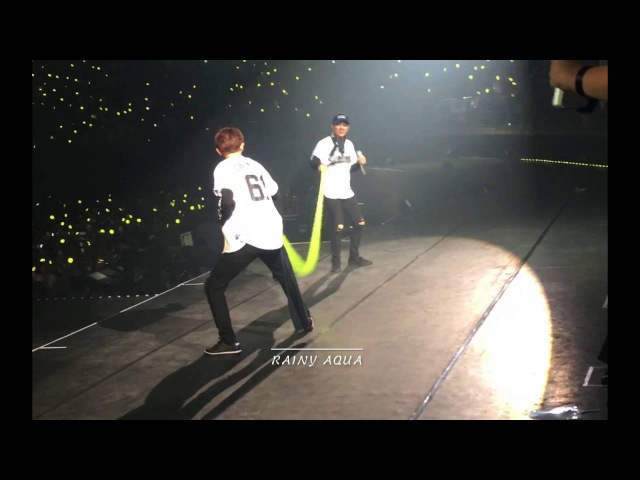 160910 EXO'rDIUM in BKK - Lucky One [Chanyeol DO play green toy]