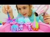 Детское видео. Игрушки из мультика Тролли. Салон красоты для игрушек Троллей