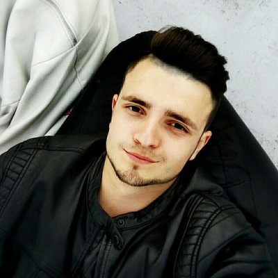Максим Истомин