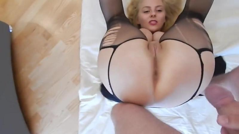 Очень красивая девушка с большими натуральными сиськами трахается в попку. Анальный секс anal fuck ass porn порно sexwife измена