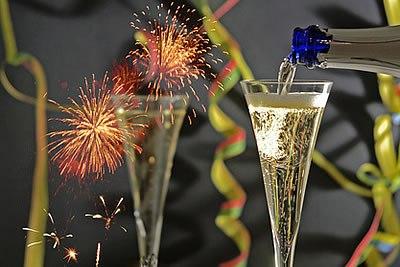 """""""Jeder hat Grund, den Beginn des neuen Jahres zu feiern. Er hat ja das alte überlebt.""""  (Lothar Schmidt)   """"У каждого из нас есть повод отпраздновать начало �..."""