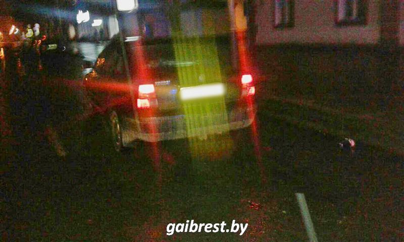 В Барановичах на проезжей части пострадал пешеход-нарушитель