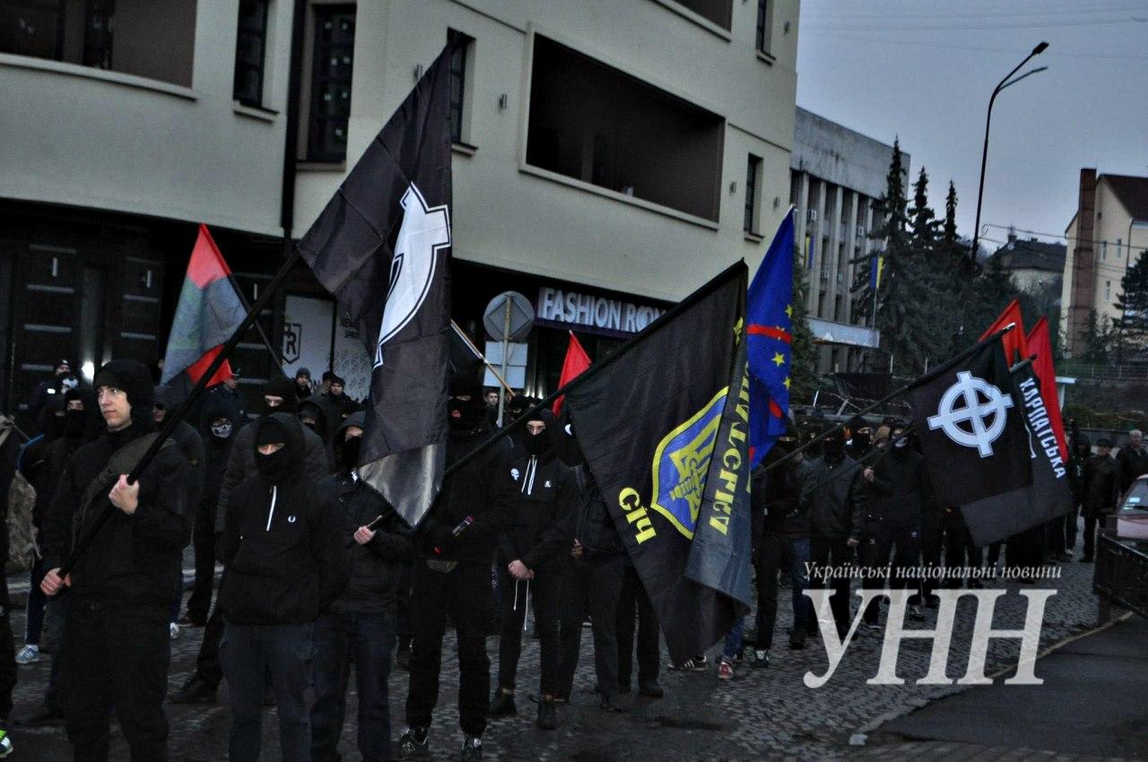 Karpatszka Szics felvonulása Ungváron, képanyag: 64 kép Ky4l36kx7U8