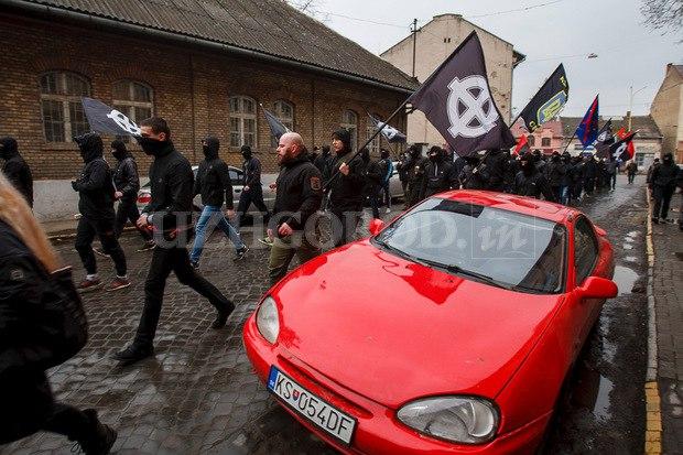 Karpatszka Szics felvonulása Ungváron, képanyag: 64 kép NJ_RPXrVrOs