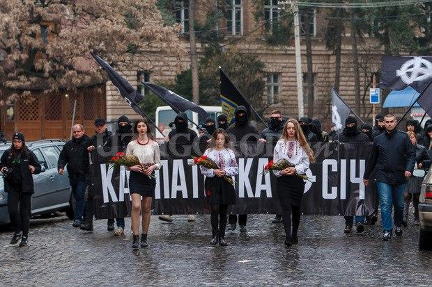 Karpatszka Szics felvonulása Ungváron, képanyag: 64 kép FruwoD6uXSM
