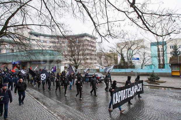 Karpatszka Szics felvonulása Ungváron, képanyag: 64 kép ROh2UgrsSdc