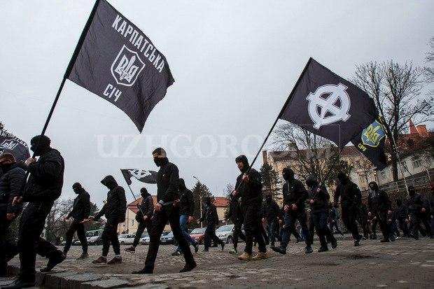 Karpatszka Szics felvonulása Ungváron, képanyag: 64 kép PCNXl3IYu7c