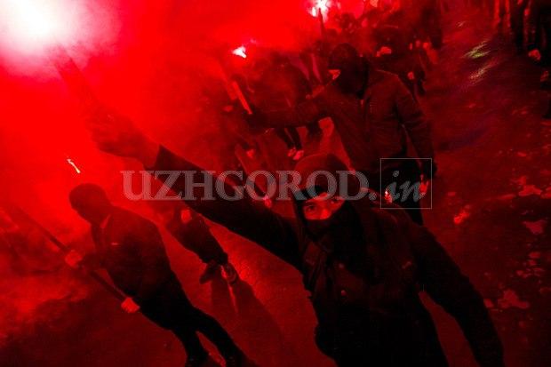 Karpatszka Szics felvonulása Ungváron, képanyag: 64 kép IXjfF4Le_NI