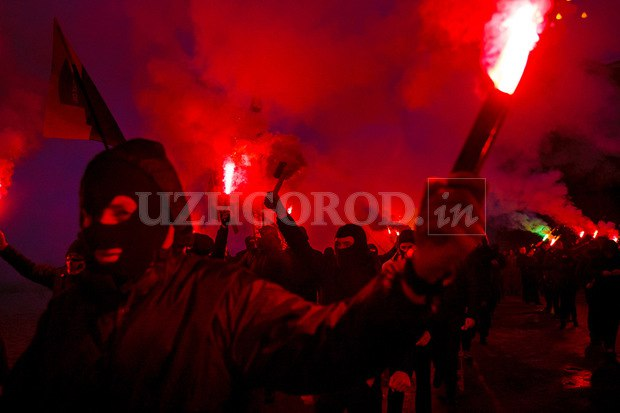 Karpatszka Szics felvonulása Ungváron, képanyag: 64 kép BhUpZd0kHaM