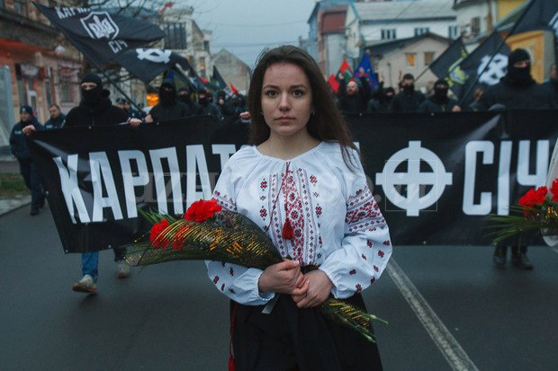 Karpatszka Szics felvonulása Ungváron, képanyag: 64 kép Fw9akv1s2Yk