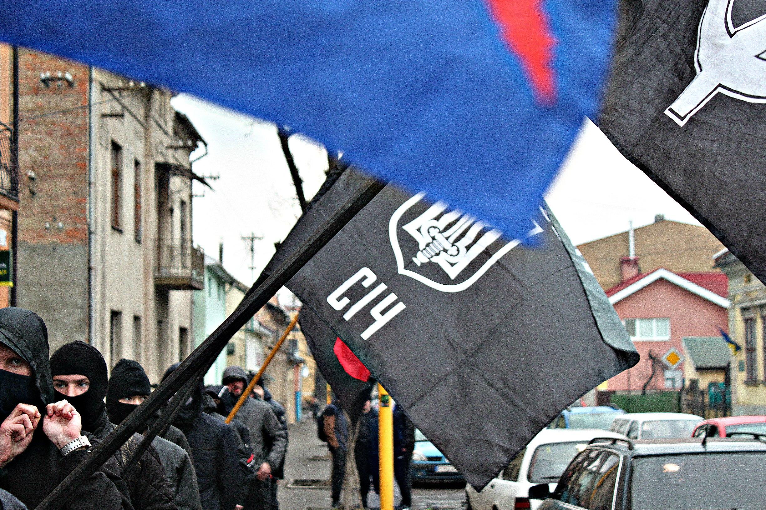 Karpatszka Szics felvonulása Ungváron, képanyag: 64 kép ZGYAhk3fby4