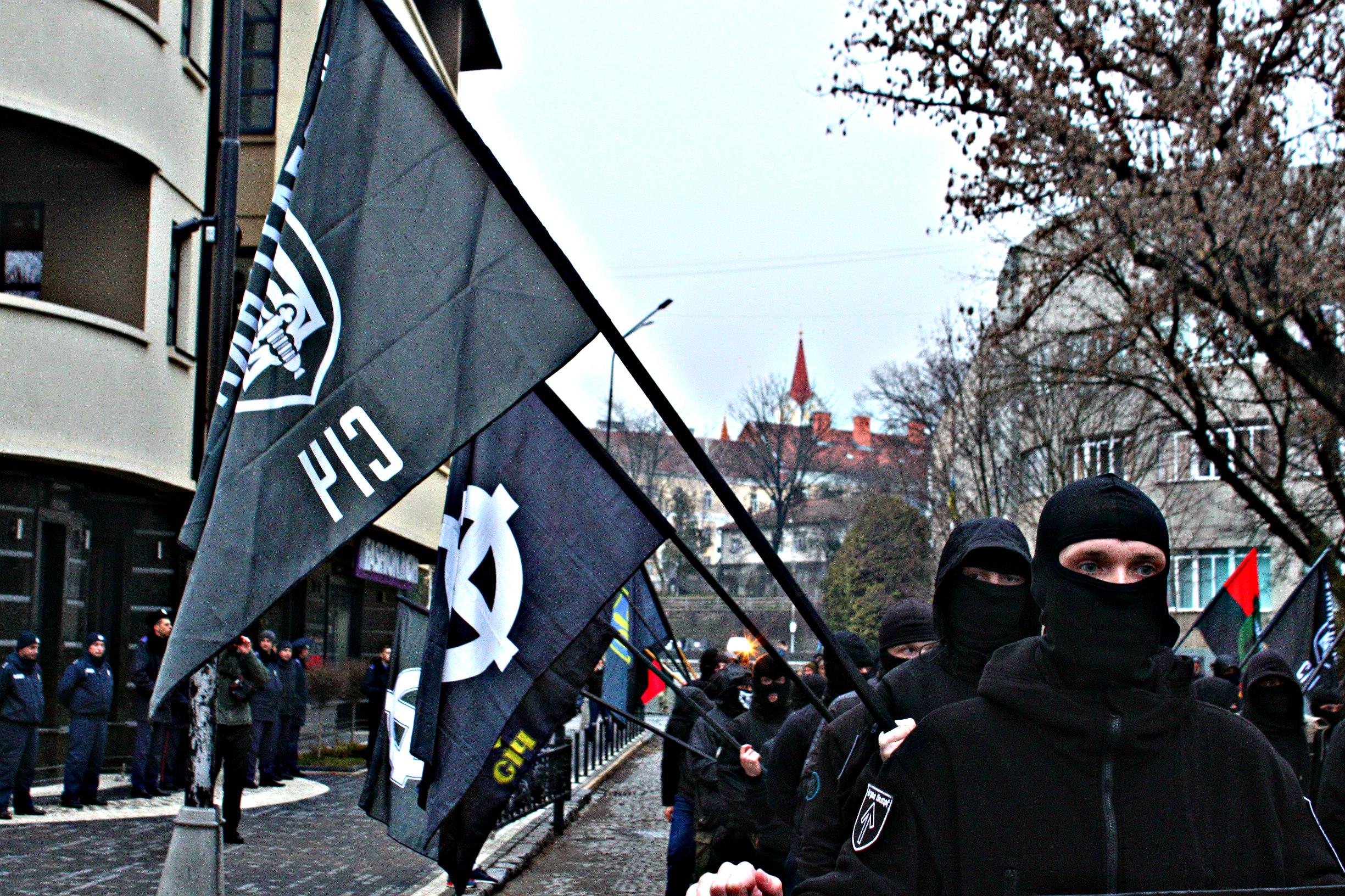 Karpatszka Szics felvonulása Ungváron, képanyag: 64 kép Jf6MmORPPcY