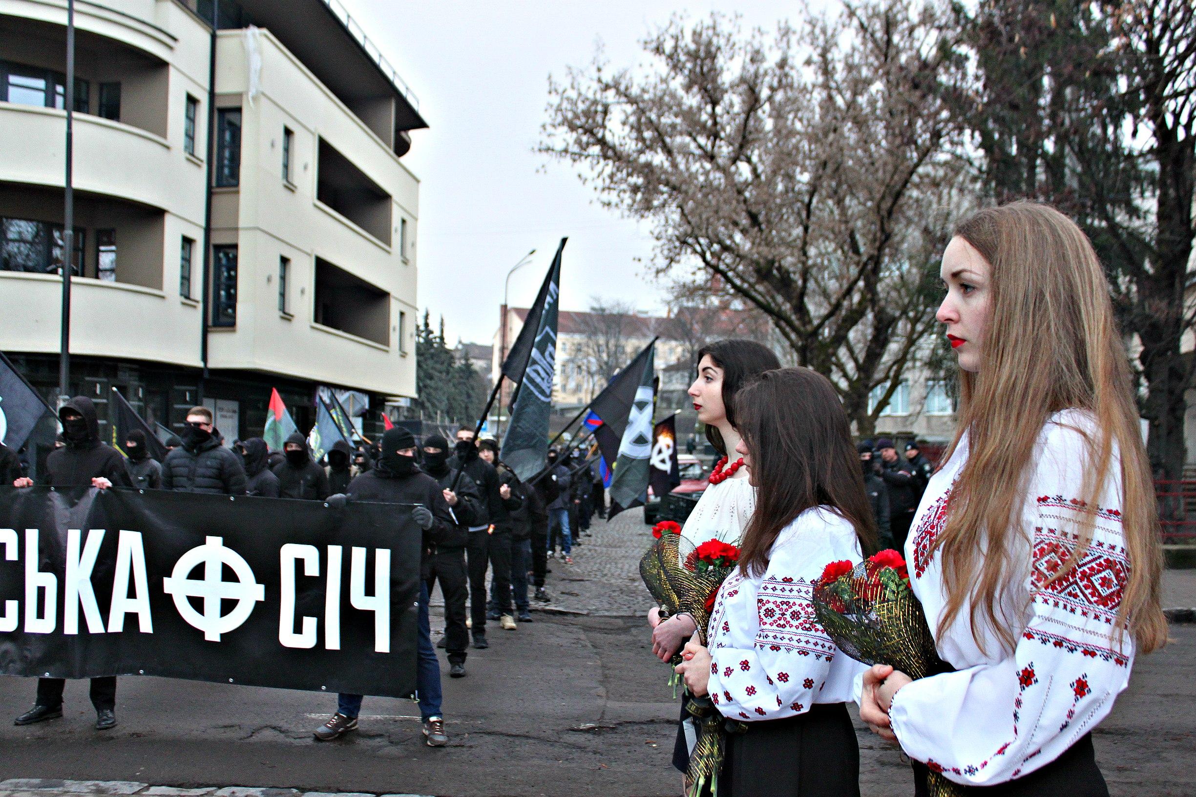 Karpatszka Szics felvonulása Ungváron, képanyag: 64 kép VsSEIMXoIME