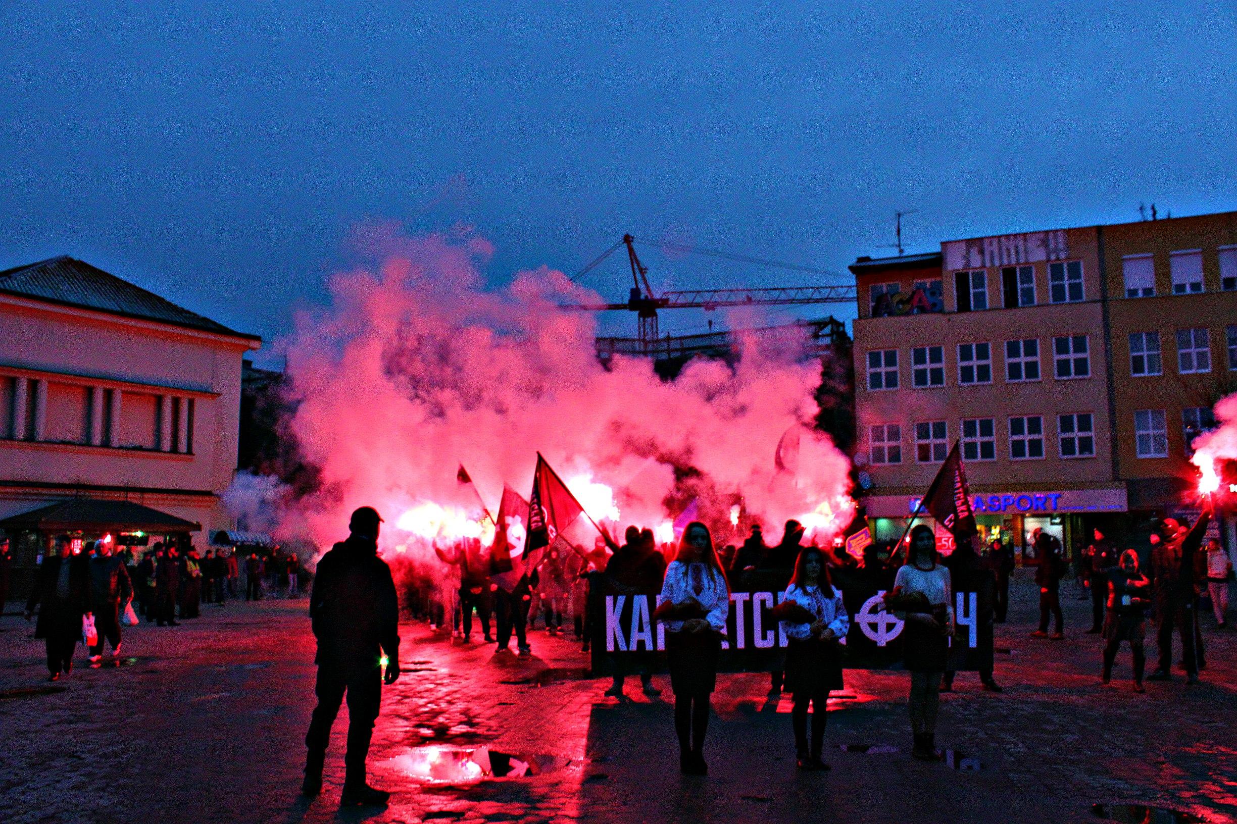 Karpatszka Szics felvonulása Ungváron, képanyag: 64 kép FR-ssKwtKsM