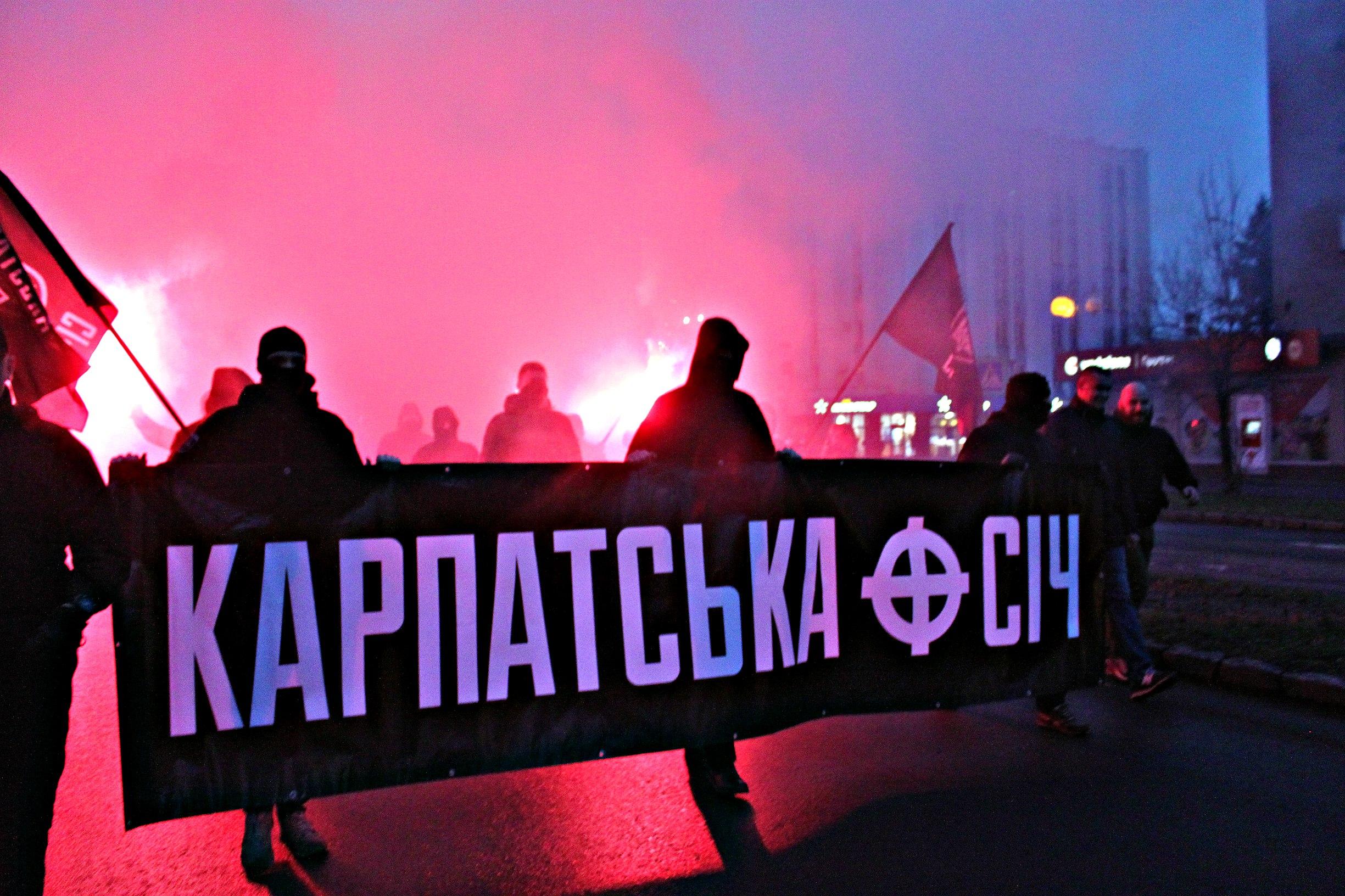 Karpatszka Szics felvonulása Ungváron, képanyag: 64 kép ES2rZ9OEFNU