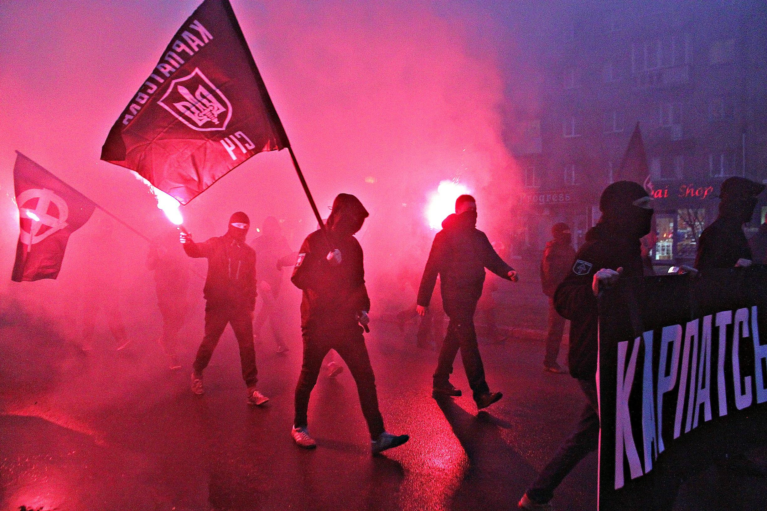 Karpatszka Szics felvonulása Ungváron, képanyag: 64 kép F2yfwoGDG3k