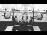 Роман Еремашвили жмёт 190 кг на 4 повтора без экипировки!!