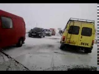 Нива на зимней дороге. Армения