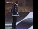 Omo~ I'm sorry Tae but I laughed